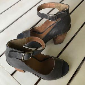 KDB Kelsi Dagger Chunky Heel Shoes